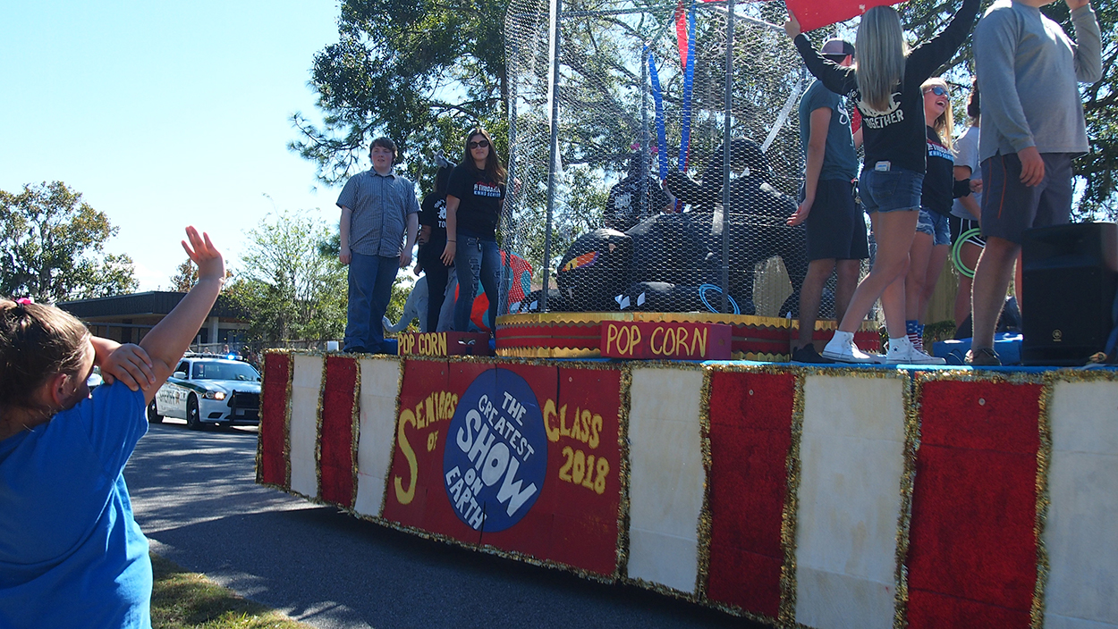 greatest show homecoming parade
